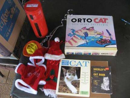 Box of Bits and Pieces for Dogs and Cats Murray Bridge East Murray Bridge Area Preview