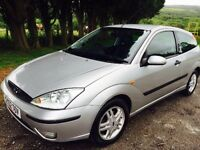 Ford Focus 1.6 Elise silver leather mot £875