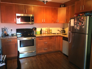 Beautifully updated one bedroom plus den located off whyte ave