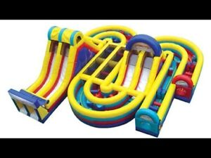 Jeu gonflable parcours  usagé a vendre/inflatable game used