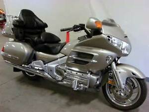 03 Gold Wing Excellent condition