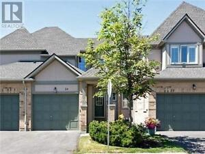 Executive Townhome, 2+2Br, 4B, 5658 GLEN ERIN Drive, Mississauga