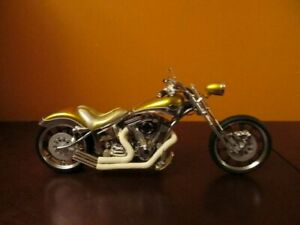 Jessie James Doughnut motorcycle replica scale 1:10