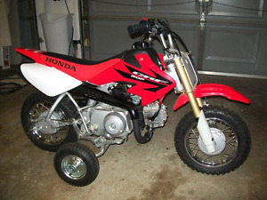 ISO Honda crf50f training wheels