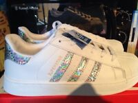 ADIDAS SUPER STAR BRAND NEW WITH TAGS SIZE 6.5