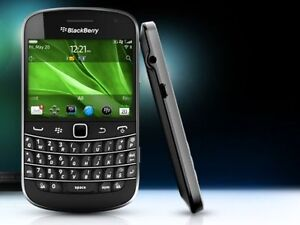 BlackBerry Smart Phones - Bold 9900 Great Condition, TouchScreen
