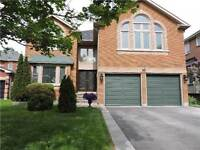 419 Devanjan Circ Newmarket Great house for sale!