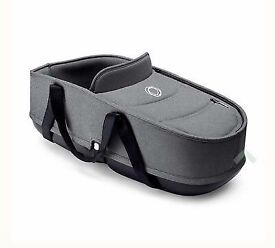 Bugaboo bee3 carrycot grey Malange with adapters