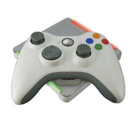 Xbox 360 Wireless Charging Station + wireless battery + Wireless Controller.
