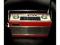 ROBERTS R23 Transistor Radio Beautiful Working Order
