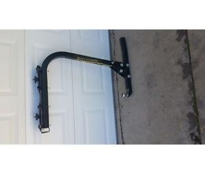 Reese trailer hitch and 4 bike carrirr