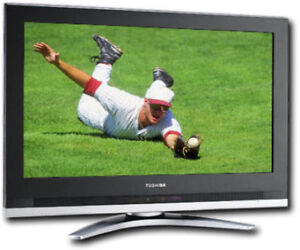 "Toshiba HDTV WideScreen  32""  LCD TV, Swoosh Stand & Org Remote"