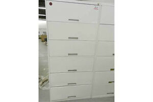 OFFICE FURNITURE~ FILING CABINETS/CHAIRS/DESKS