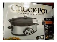 Crock-Pot 5.7 Litre large slow cooker with stoneware cooking pot