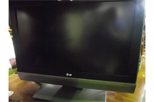"32"" inch LG LCD TV HD READY"