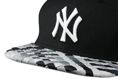 A18 NEW ERA NEW YORK NY YANKEES Woven Check Visor Snapback Baseball Cap S/M