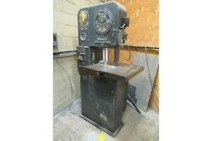DoAll 16 in. Vertical Bandsaw, c/w blade welder,  3 phase electrics.