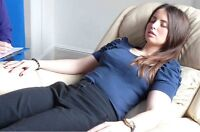 Volunteer For Hypnosis!(Over webcam in the comfort of your home)