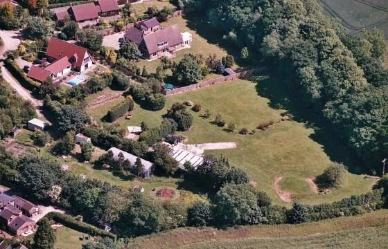 House with Large Garden Wanted