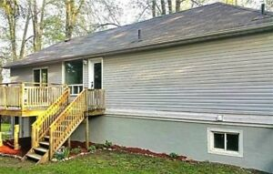 ALCONA ACROSS FROM THE LAKE...EXECUTIVE STYLE 2BED UNIT