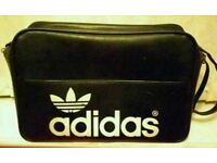 RETRO ADIDAS 1970s PETER BLACK HOLDALL