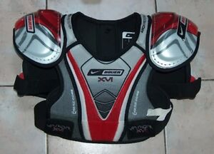 Nike Bauer Vapor XVI Shoulder Pads Jr Medium