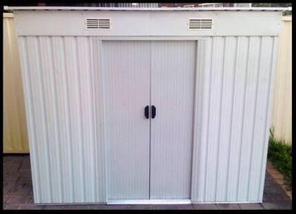 NEW STEEL OUTDOOR GARDEN STORAGE SHED- 194 x 121 x 181cm - BEIGE
