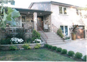 Split level Family Home for Sale 10+ Rooms De L'Ermitage, Laval