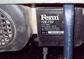 Small Bench Saw 240v FERM FZB720