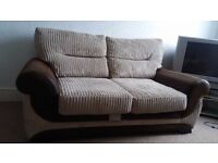 3 seater new sofa in excellent condition comfy and decent