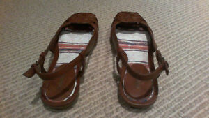 BRAND NEW Women's Brown Sling Open Flats, SIZE 7 London Ontario image 2