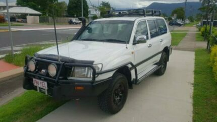 Feature Packed 4.2 Turbo Diesel Landcruiser GXL Bungalow Cairns City Preview
