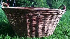 Large Antique Wicker Laundry Basket - Perfect condition -