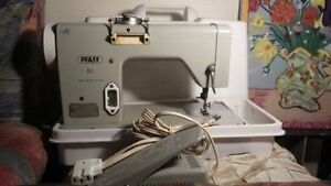 Pfaff 92 sewing machine very rare Germany with pedal and case