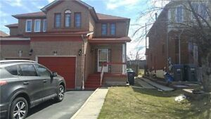 Beautiful And Well Kept 3 Bedroom Semi-Detach House