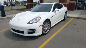 2010 Porsche Panamera TURBO *Must Sell, 2nd Owner, Low Price*