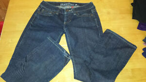 Various size jeans Women (size 0 to 34)