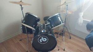 batterie  (drum) 9 mx $600