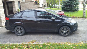 2011 Ford Fiesta! Low KMs! Comes with winters!