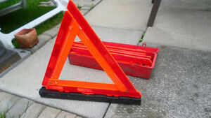 3 car triangle flare kit truck and car flare kit set of 3 triang