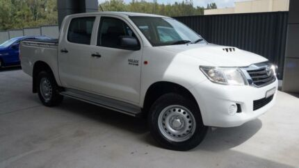 2014 Toyota Hilux KUN26R MY14 SR (4x4) White 5 Speed Manual Dual Cab Pick-up Port Macquarie Port Macquarie City Preview