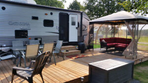 Coachmen Catalina 321 Bunkhouse with great view and deck