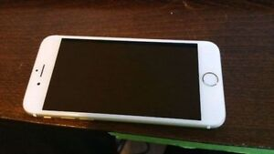 IMMACULATE iPhone 6 16gb on Telus APPLECARE+ with otterbox