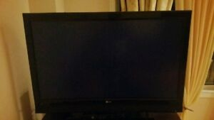 """LG 42"""" LCD TV power on, but no picture. Model 42LB4D"""
