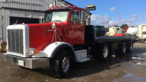 Peterbilt 367 - 2001 - NRC Tilt and load tow truck