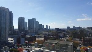 Fascinating Condo In The Heart Of Downtown At Blue Jays Way