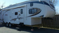 32ft Fifth Wheel Jayco