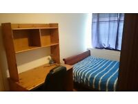 Nice size double bedroom in clean and quiet house. All bills & amenities included. Parking available