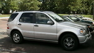 2000 Mercedes Benz ML320 ML Class - Part Out / Parting Out Oakville / Halton Region Toronto (GTA) image 1