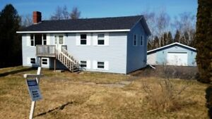 Family Bungalow w/inlaw suite or rental!Garage! Immed Occupancy!